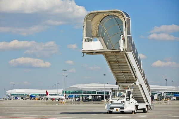 how to get from faro to faro airport
