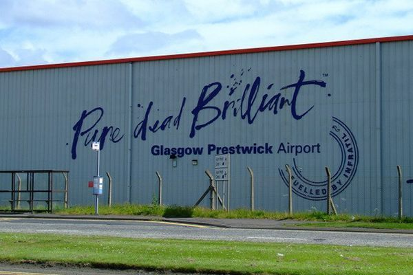 how to get to prestwick airport